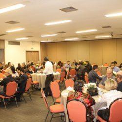 Jantar em Campo Grande (MS) Capítulo 628